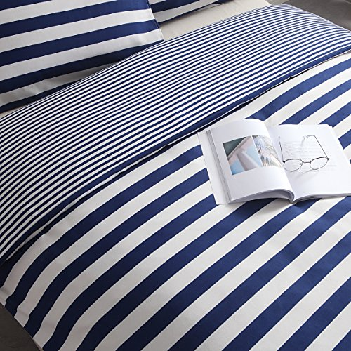 Exclusivo Mezcla 3-Piece Brushed Microfiber Reversible Duvet Cover Set with 2 Pillowcases – Double Size (200X200 CM), Navy and White Stripe