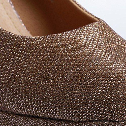 La Modeuse - Escarpin de coulour champagne spécial grande pointure revêtu d'une robe en texile brillant et pailleté Beige
