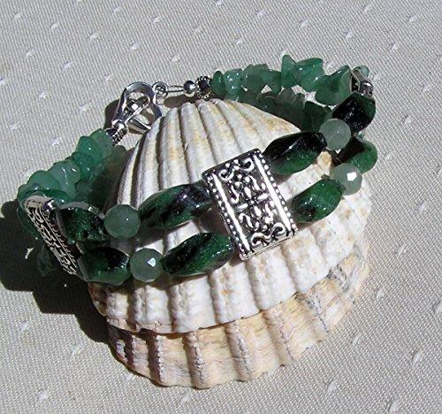 green-agate-green-aventurine-gemstone-bracelet-woodland-fern