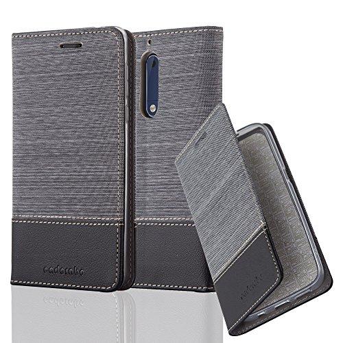 Nokia 5 Hülle in GRAU SCHWARZ von Cadorabo - Handy-Hülle im Stoff Design mit Magnet-Verschluss Standfunktion Karten-Fach für Nokia 5 Case Cover Schutz-hülle Etui Tasche Book Klapp Style