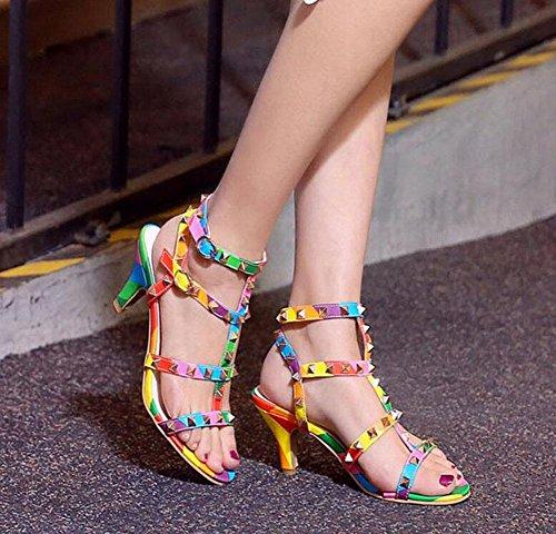GLTER Frauen Peep Toe Knöchelriemen Pumps Sommer Neue Charmante Nieten Feine High-Heel Regenbogen Sandalen Römische Schuhe Big Size Bankett Schuhe suit