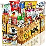Süssigkeiten Box mit DDR Waren - Rotkäppchen Sekt Piccolo, Pfeffi Stangen, Mintkissen Viba uvm. +++ Ostprodukt DDR Box als Geschenkkorb mit DDR Spezialitäten...