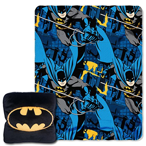 warner-brothers-batman-night-shield-3d-14-by-14-pillow-and-40-by-50-fleece-throw-in-pocket-set-by-th