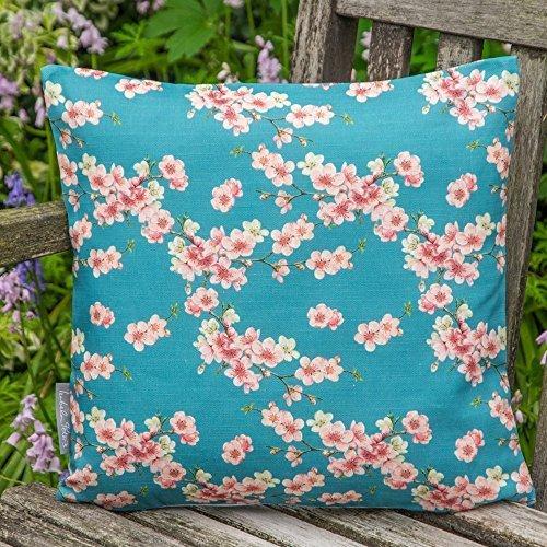 """Designer Wasserdicht Garten Außen Kissen - Cherry Blossom - """"Stechmücken Bank Garten"""" Sammlung - Entworfener Bedruckt & handgefertigt in Großbritannien - Berliner Blau, 40cm x 40cm Kissen"""