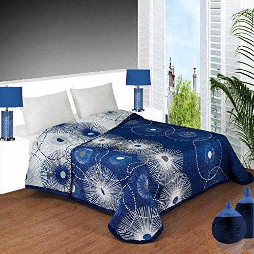 Colcha estampada YONES, en tonos azules de muy fácil lavado. (cama de 180)