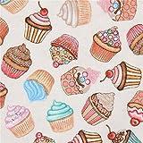 Cremefarbener Stoff mit Cupcakes von Quilting Treasures