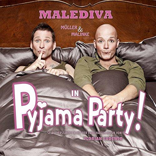 Pyjama Party! (Pyjamas Cartoon)