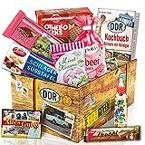 Süßigkeitenbox mit Produkten aus der DDR - Viba Nougat Stange, Puffreis Schokolade, Liebesperlenfläschchen, uvm.