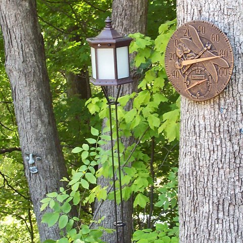 Starlite Garden and Patio Torche SLTTFG Solar Lantern Tiki Torch, Brown/Frosted Glass