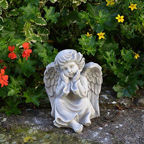 Liebevolle Engel Figur aus Steinguss Gartenfigur frostfest Grabdeko