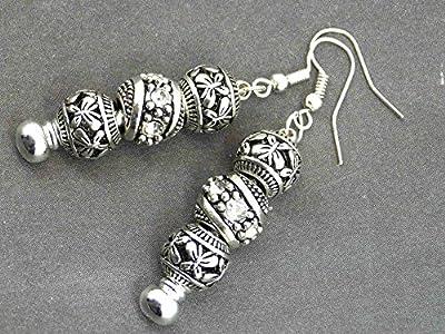 Boucles d'oreilles Charms Thurcolas modèle Manhattan avec perles de métal et cristaux