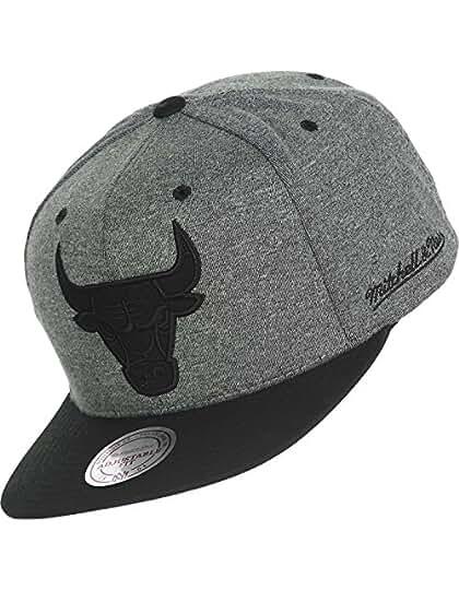 e60f8ecfba3 Snapback Cap - HEATHER Chicago... £34.90. Product Details. Mitchell   Ness