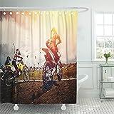 Emvency Duschvorhang 182,9 x 182,9 cm wasserdicht Biker Motorrad Team Athleten auf Mountainbike Motorräder Motocross Start Moto Home Decor Polyester Stoff Verstellbarer Haken, Polyurethan, rot, 72x78