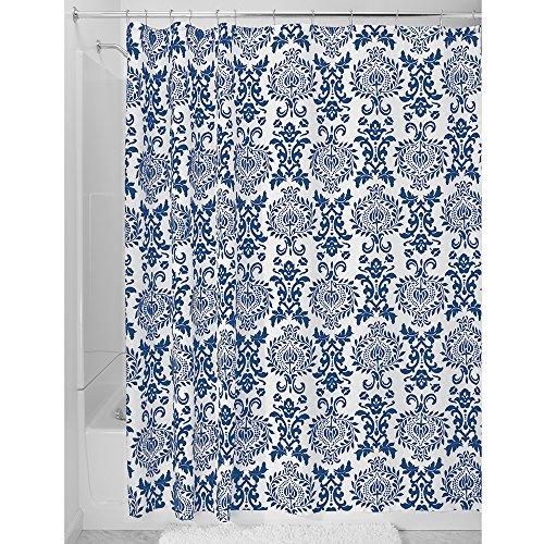 InterDesign Damask Cortina de ducha   Excelente cortina de baño con ojales metálicos   Cortinas estampadas de diseño adamascado, 183 cm x 183 cm   Poliéster azul marino