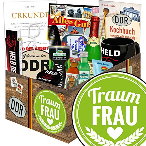 Traumfrau   DDR Korb   mit Kondomen, Schnaps, Rotkäppchen Sekt 0,2l uvm   INKL Aufkleber - Traumfrau (Schnaps-korb-ideen)