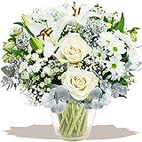 Eden4flowers CMS-WTBQ Winters Tale Christmas Flowers Bouquet - White/Silver