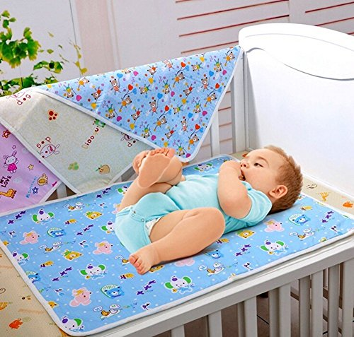 FARETO New Born Baby gift pack Jhabla 8 pcs and 4 plastic changing sheet with one sided cloth(Assorted)(0-6months)