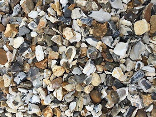 uk-gravel-moonstone-flint-gravel-for-landscaping-driveways-900kg-bulk-bag