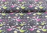 Niedlicher Softshell Stoff gemustert mit grünen und rosa