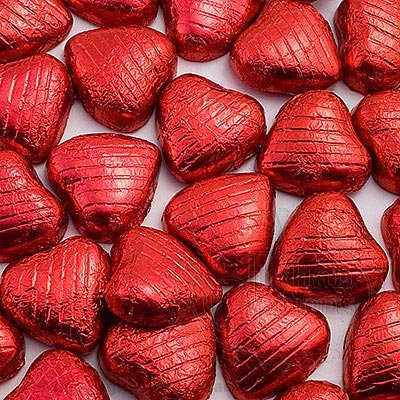 1kg Red Foil Wrapped Milk Chocolate Hearts - Approx 200