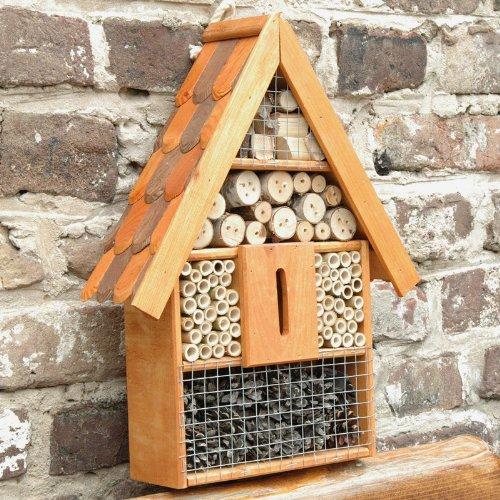 insektenhotel-insektenhaus-aus-erlenholz-mit-dachschindel-25-x-95-x40-cm-nisthilfe-und-uberwinterung