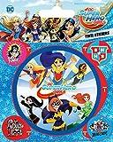 DC Comics Poster-Sticker Autocollant - Super Hero Girls, Attack (12 x 10 cm)