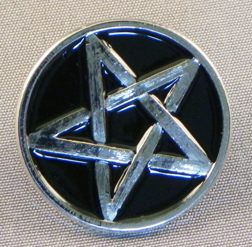 pin-de-metal-esmaltado-insignia-broche-pentagram-cromo-y-negro-pentangle
