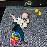 Baby Krabbeldecke & Activity Gym & Baby Spieldecke & Kuscheldecke für Junge & Mädchen • XXL - 120 x 120 cm • Gepolstert, reversibel licht/dunkel Grau mit Sternen • Faltbar • Lebensdauer Guarantee