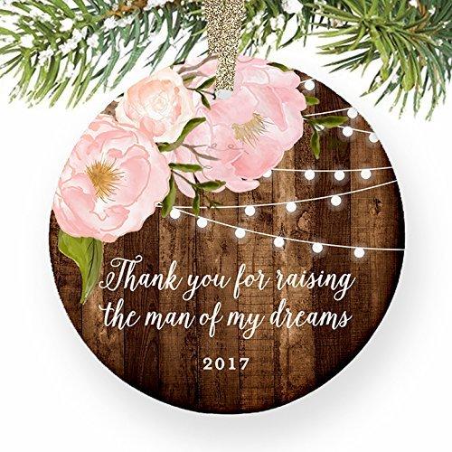 Weihnachtsbaum Decor Mutter in Gesetz Geschenke Thank You For Raising The Man Of My Dreams von Tochter-in-law... Braut Geschenk datiert Peony Ornaments für Kinder Weihnachts Jahrestag Geschenke (Datiert Weihnachtsbaum Ornamente)