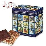 Weihnachts Dose mit Spieluhr (300g) lässt eine liebliche Weihnachtsmelodie erklingen. Gefüllt ist sie mit 300g feinsten Nürnberger Elisen Lebkuchen. Maße: 12 x 9 x 12 cm. €36,50/kg