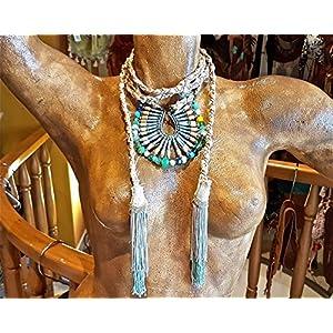 Halsband / Gürtel mit Perlen und gefransten.