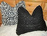 Kissenhülle/gehäkelt Kissen/Häkelkissenhülle/Kissenbezug/Zierkissenbezug/selbstgehäkelt aus Textilgarn/crocheted pillow/Cushion cover/even crocheted/2 Stück