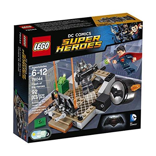 Aktuelle Batman Anzug - LEGO DC Super Heroes 76044 -