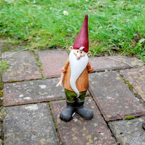 Magnus, Der Fröhliche Gartenzwerg mit langem weißem Bart und Roter Mütze, Garten Deko aus Kunstharz