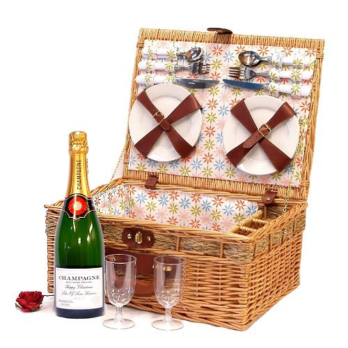 4 Person Luxury Florence Picnic Basket Hamper with Personalised 750ml Fine Champagne and Accessories - Gift Ideas for Christmas presents, Birthday, Wedding, Anniversary and Corporate