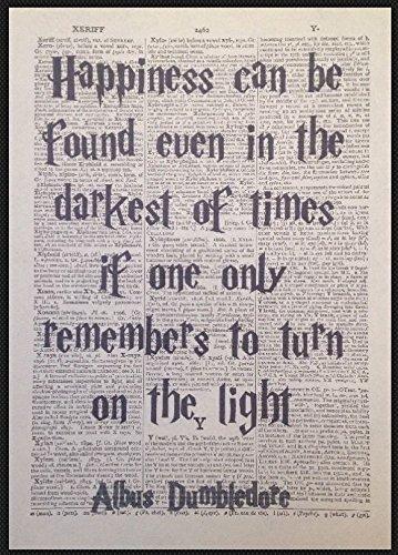 """Parksmoonprints Harry Potter Kunstdruck auf Wörterbuchseite mit Dumbledore-Zitat """"Happiness"""" [evtl. nicht in deutscher Sprache]"""