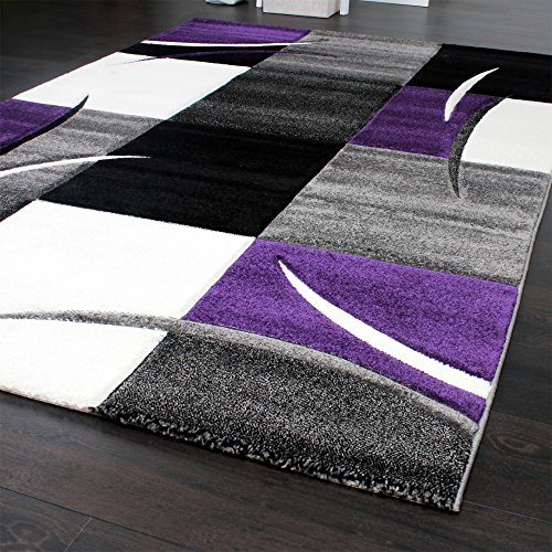 tapis de cr ateur aux contours d coup s carreaux en. Black Bedroom Furniture Sets. Home Design Ideas