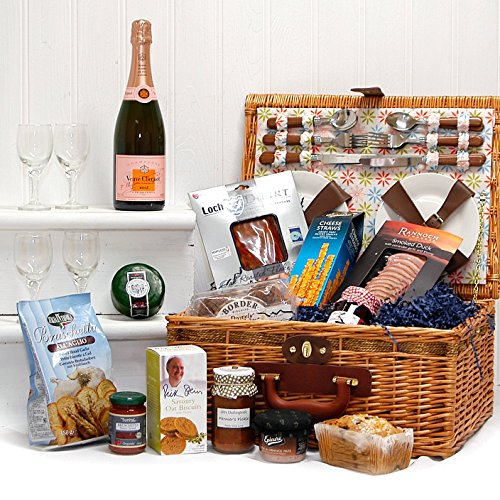 florence-4-person-picnic-basket-hamper-with-75cl-veuve-clicquot-rose-champagne-luxury-fine-food-sele