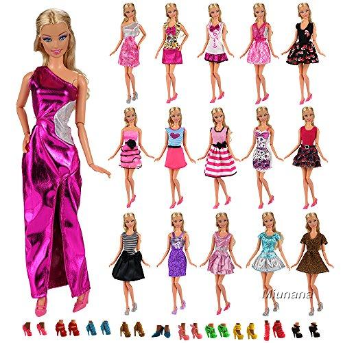 Puppen Prinzessin Fashionista Barbie (Miunana 22 Stück = 12 Kleider Kleidung Partymode Prinzessinnen Fashionistas mit 10 Paar Schuhe für Barbie Puppen)