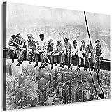 Julia-Art Leinwandbilder Skyline - New York Bilder - XXL Wandbild mit Keilrahmen - 120 mal 80 cm - Querformat 1 teilig - Schwarz Weiß Kunstdruck Mittagspause auf einem Wolkenkratzer NY City verschiedene Motive N-c-100-a-55