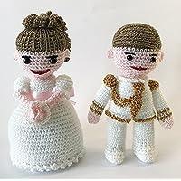 Pareja de muñecos de comunión amigurumi de crochet