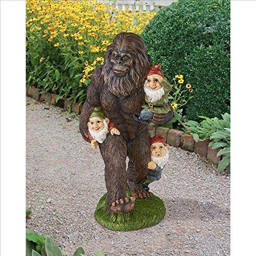 Design Toscano Der Gartenzwerge schleppende Yeti Bigfoot Gartenstatue, Polyresin, Vollfarbe, 41 cm