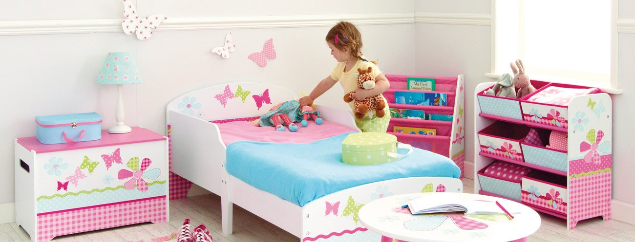 Butterflies and Flowers Patchwork Kids Toddler Bed by HelloHome  Ideal transition from cot to bed - make the move to her first big kids' bed magical with this fun butterflies and flowers design toddler bed from HelloHome Takes cot bed size mattress - 140cm (l) x 70cm (w). Mattress not included. Assembled size (h)59, (w)77, (l)145cm Suitable for 18 months to 5 years this pink toddler bed is perfect for your little toddler 3