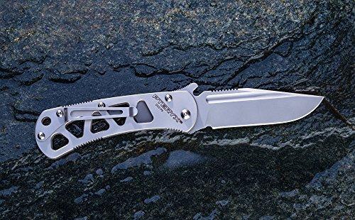 Pteryx L2, le couteau pliant avec ressort de titane et d'un système emerson, lame finalisé manuellement (le retour dentelé de la lame)