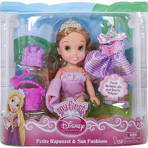 Disney Princess - Meine erste Puppe, Rapunzel am Strand, mit extra Badeanzug, Badetuch, Krone und Sandspielzeug - exklusiv aus den USA