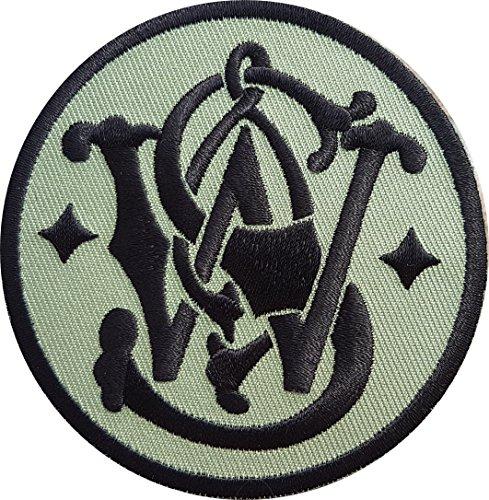 Preisvergleich Produktbild S&W Oliv / schwarz Iron on Smith & Wesson Logo Script Guns Military Police Tactical Airsoft Aufnaher Patch 7, 6cm