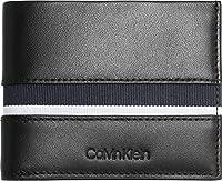 Calvin Klein Stripe Slimfold 6CC BlackDati:o Materiale: pelleo Dimensioni: Larghezza circa 10 cm, altezza circa 9 cm, profondità circa 1 cmo Colore: Nero (Black)o Fabbricante: Calvin Klein