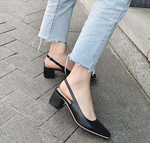 Piccolo quadrato di cuoio capo Smiple basso tacco medio indietro Vuoto Mary Janes cinturino lavoro scarpe per le donne Black