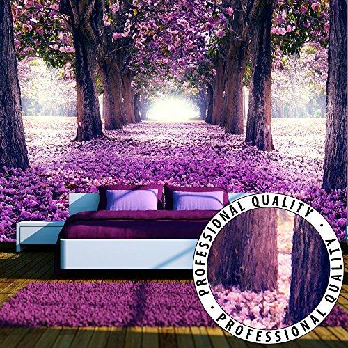 FOTOTAPETE VLIES PREMIUM: 350x245 cm (BxH) - bedruckt auf deutscher Premium Vliesleinwand - Keine Papiertapete ! - 3 Farben zur Auswahl - Top - Tapete - Wandbilder XXL - Wandbild - Bild - Fototapeten - Tapeten - Wandtapete - Wand - Weg Blumen Bäume Allee violett c-A-0031-a-c