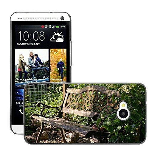 Hülle Case Schutzhülle Cover Premium Case // M00290833 Garten-Bank Bank Lehne Sitz Holz // HTC One M7
